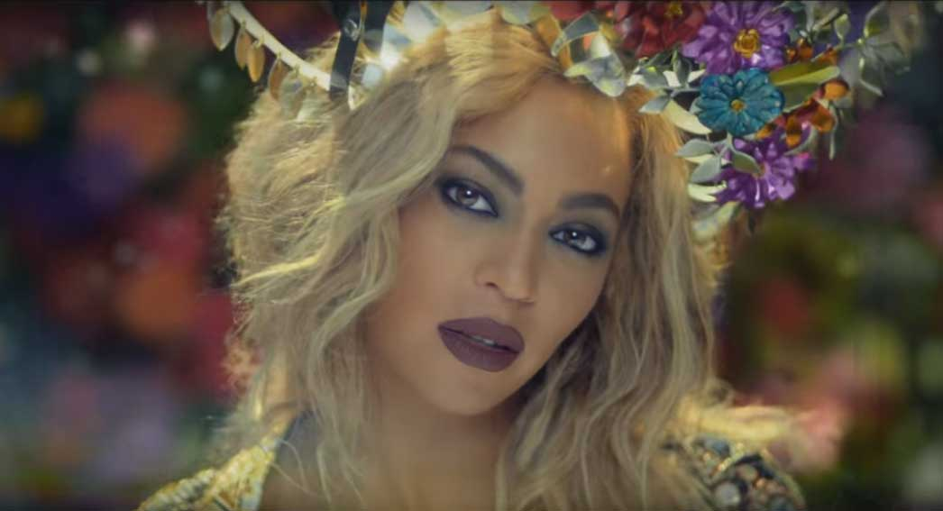 Beyonce in coldplays new song
