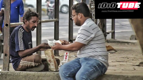 Social experiment - asking strangers and homeless for food