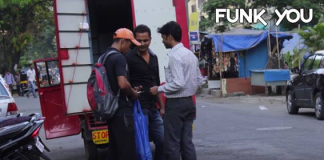 Selling rupees 500 & 1000 in trash prank