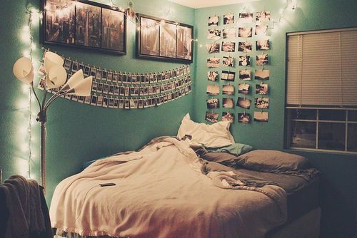 Lovely Tumblr Bedroom Ideas Diy. 7. A Photo Gallery On Thread And Put It Your