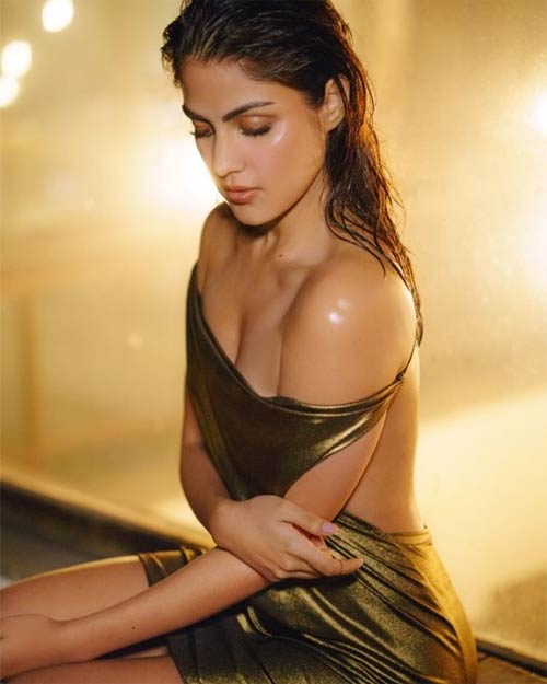 Rhea Chakraborty latest photo shoot she looks stunning