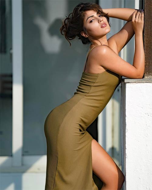 Rhea Chakraborty hot photo shoot