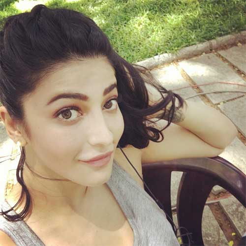 Shruti haasan Jogging picture on Instagram