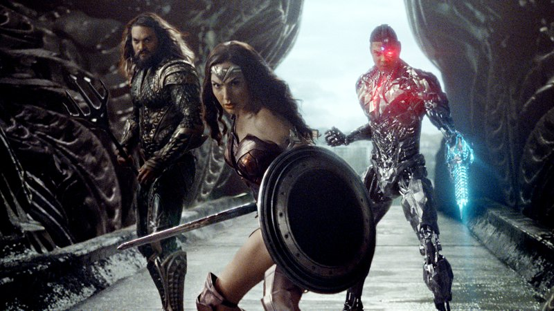 Justice League official trailer is out and its awesome
