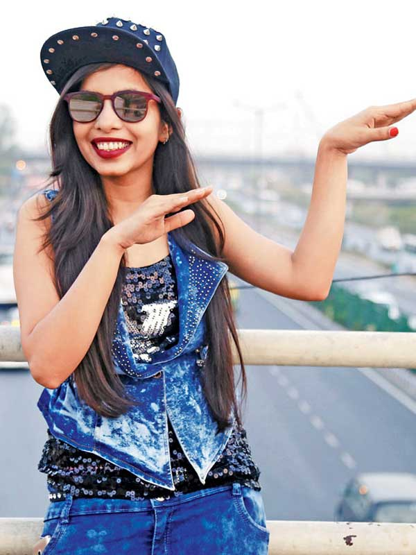 Dhinkchak Pooja get an entry to Bigg Boss 11 as contestant