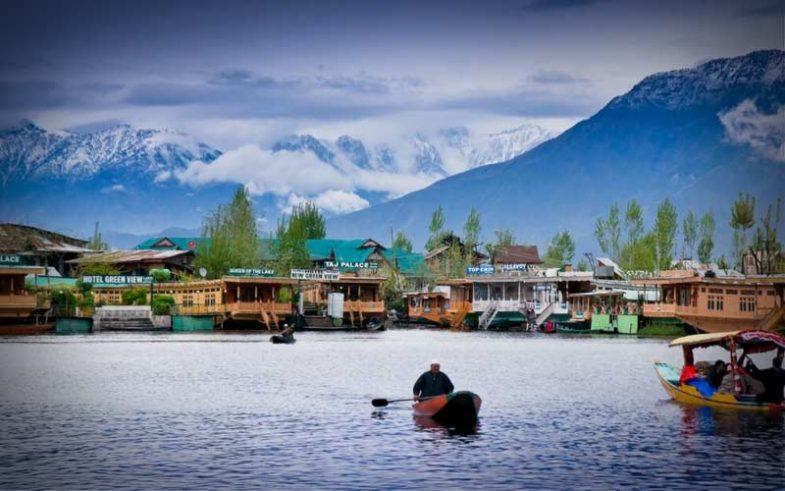 top-10-honeymoon-destination kashmir india