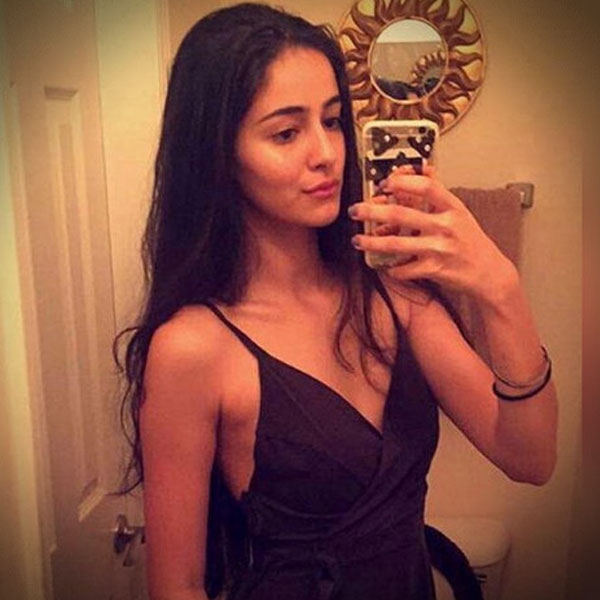 Ananya pande cute pictures