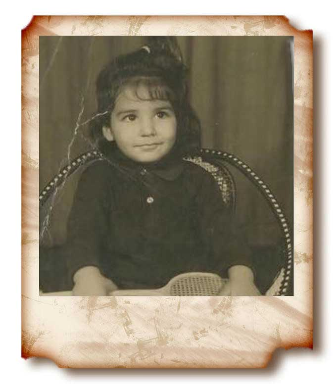 Akshay Kumar young unseen picture kid
