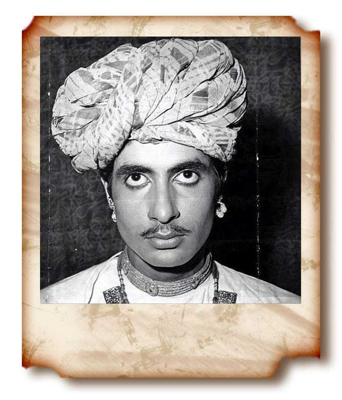 Amitabh Bachchan young unseen picture in Rajasthani avtar